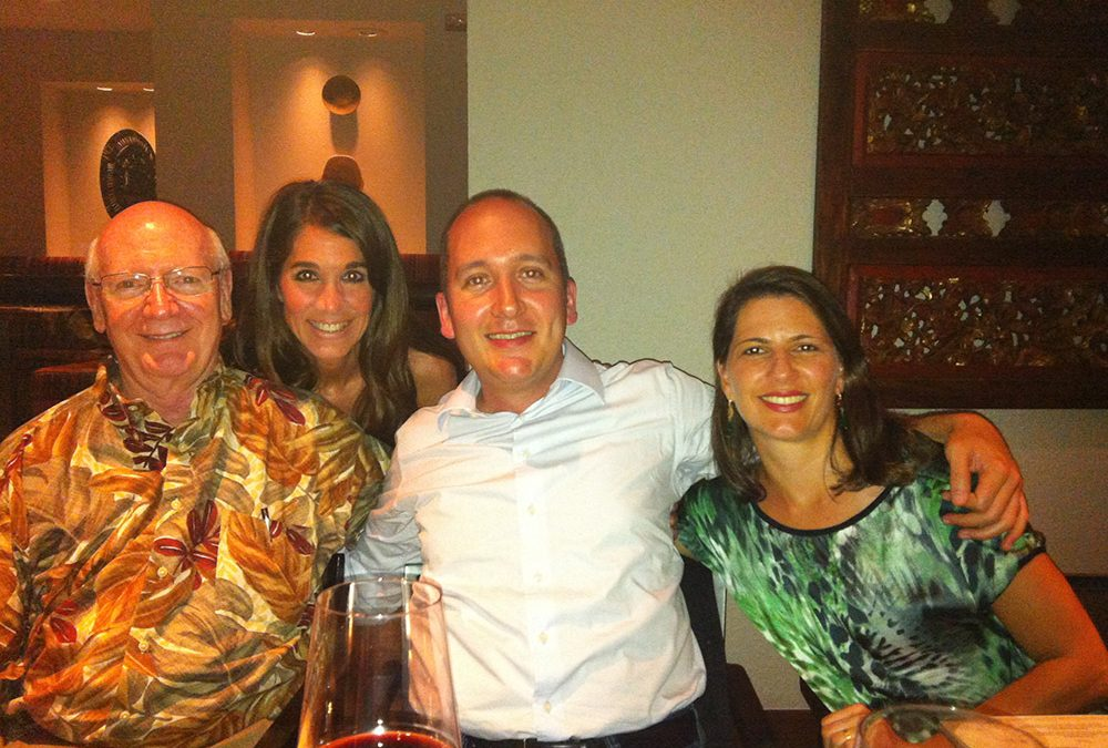 Dr. Daniel participa do jantar dos Fellows do Dr. Wolford no Hawaii